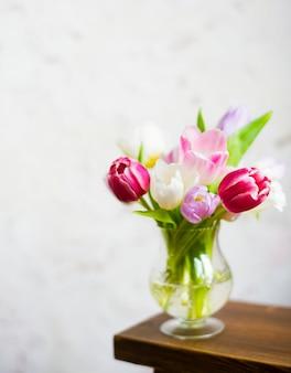 Arrangement de fleurs fraîches