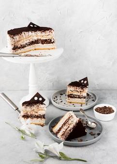 Arrangement de gâteau au chocolat