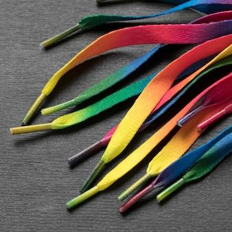 Arrangement de lacets colorés close-up
