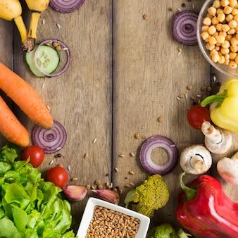 Arrangement de légumes avec espace de copie