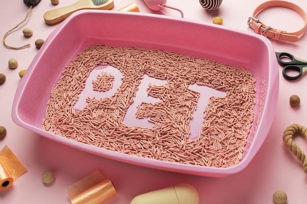 Arrangement de litière pour chat nature morte