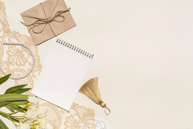 Arrangement de mariage avec espace de copie