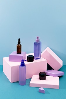 Arrangement minimal des produits de beauté
