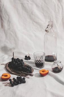 Arrangement de myrtilles et abricots à angle élevé