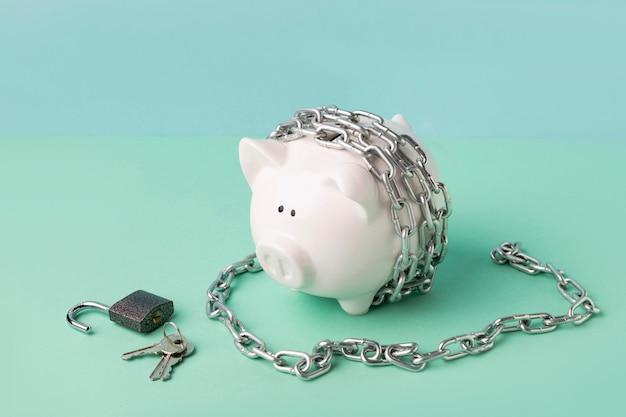 Arrangement de nature morte de liberté financière abstraite