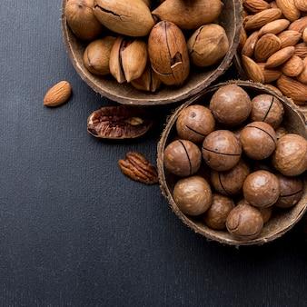 Arrangement de noix avec espace copie