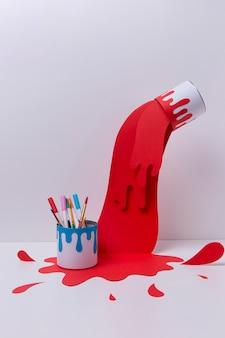 Arrangement de sujet d'art avec de la peinture rouge