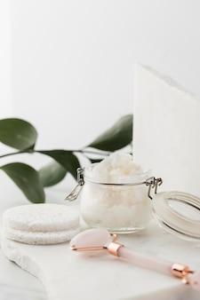 Arrangement de traitement au beurre de karité