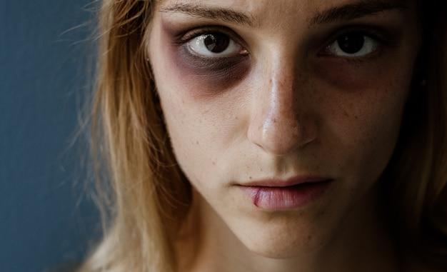 Arrêter la violence contre le concept de femmes