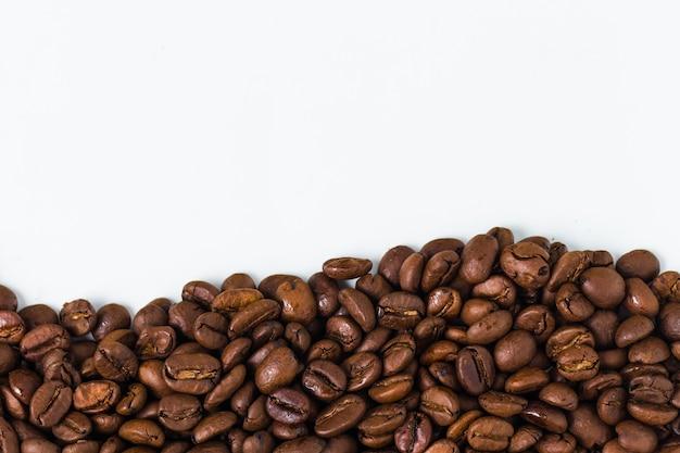 Arrière-plan avec des grains de café