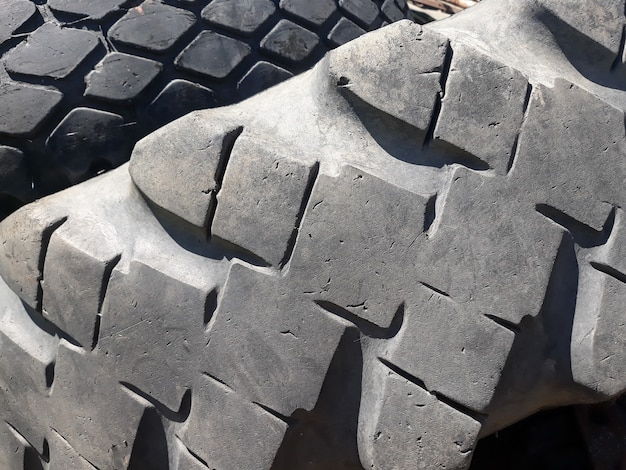 Arrière-plan de motif de bande de roulement de pneu.