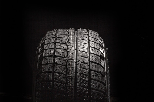 Arrière-plan de pneu de voiture, texture de pneu bouchent l'arrière-plan, copiez l'espace.