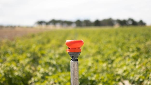 Arroseur d'irrigation sans eau en raison d'un manque d'eau