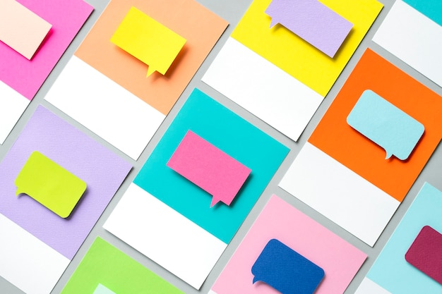 L'art de l'artisanat en papier de l'icône de bulle de dialogue