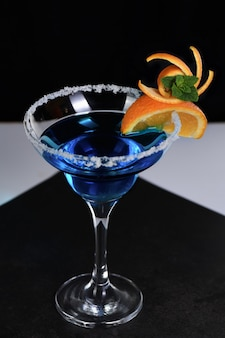 L'art à l'orange - cocktail blue lagoon