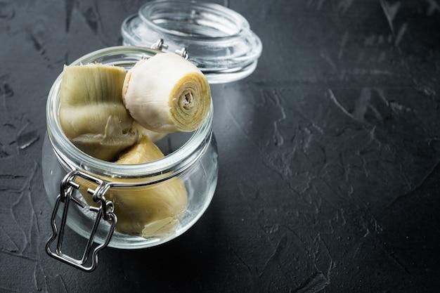 Artichauts Marinés à L'huile Photo Premium