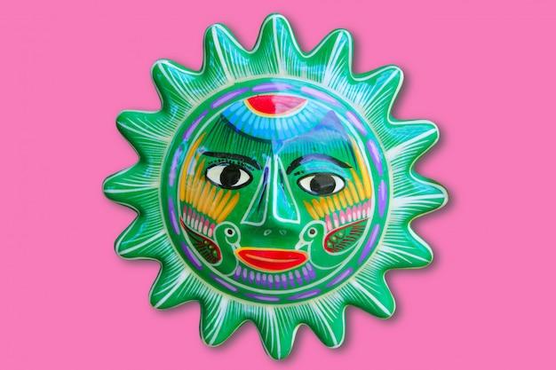 Artisanat du soleil mexicain indien isolé