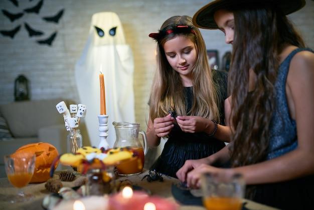 Artisanat d'halloween bricolage pour les enfants