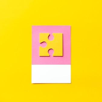 Artisanat en papier de pièce de puzzle