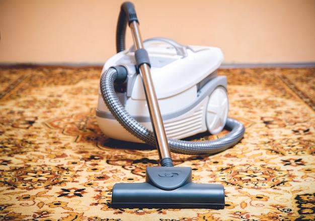 Aspirateur de nettoyage de tapis
