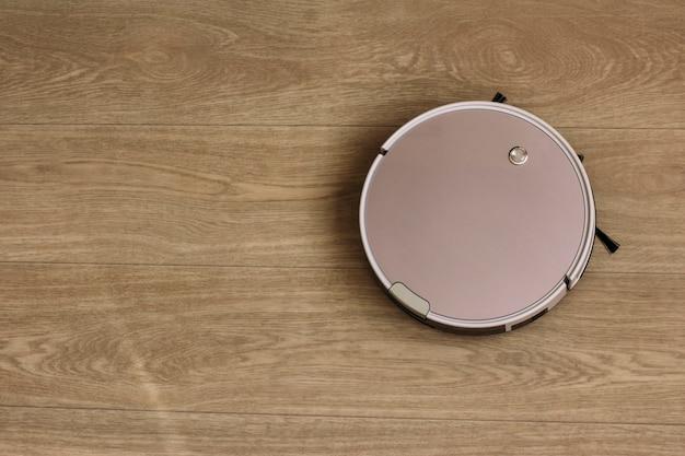 Aspirateur robot nettoie les maisons
