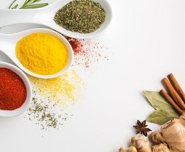 Assaisonnement aromatique épices en poudre