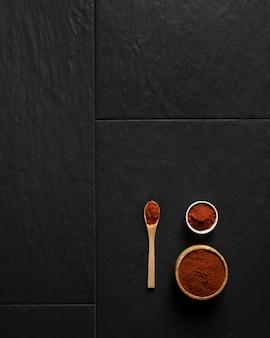 Assaisonnement d'épices avec copie-espace