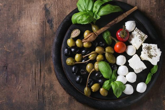 Assiette apéritive méditerranéenne