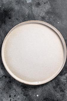 Assiette ronde vide blanche, restaurant