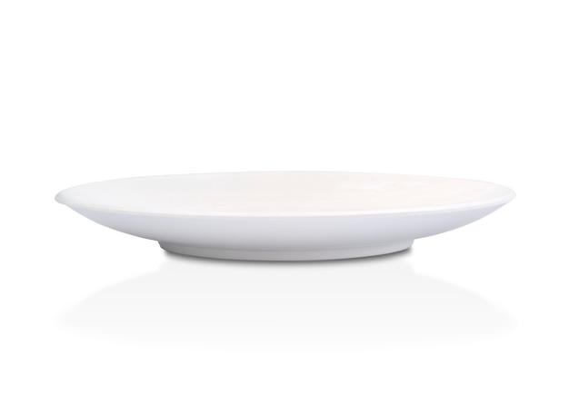 Assiette vide en céramique blanche
