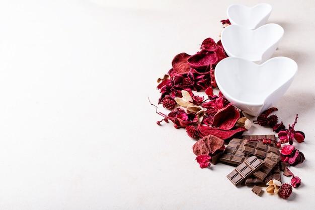 Assiettes en céramique saint valentin