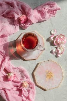 Assiettes rondes en résine époxy couleur rose