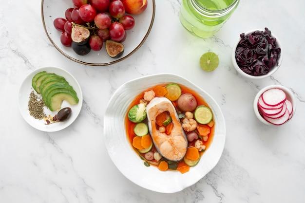 Assortiment d'aliments diététiques flexitaristes