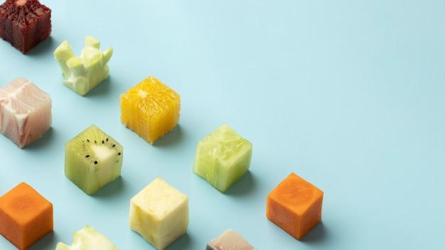 Assortiment d'aliments surgelés avec espace copie