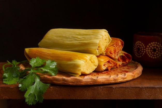 Assortiment de délicieux tamales traditionnels