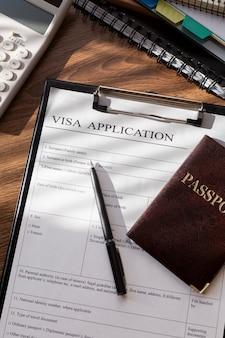 Assortiment de demandes de visa à plat