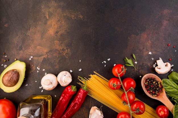 Assortiment de différents légumes avec espace copie