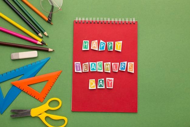 Assortiment d'éléments pour la journée de l'enseignant