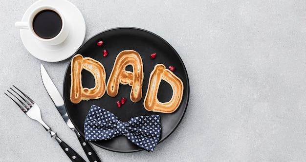Assortiment de fête des pères avec petit déjeuner