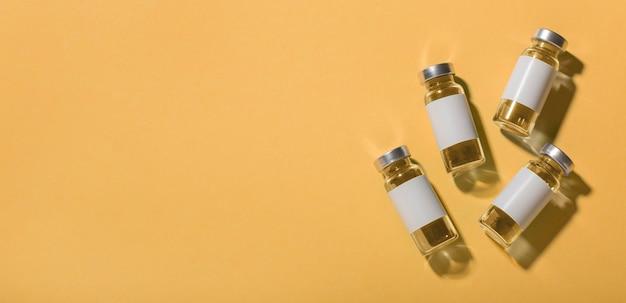 Assortiment de flacon de vaccin covid19