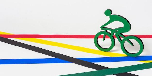 Assortiment de formes olympiques en papier