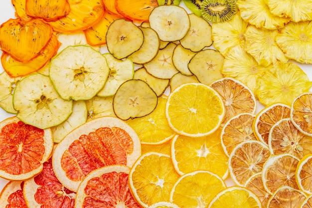 Assortiment de fruits secs. concept d'alimentation saine.