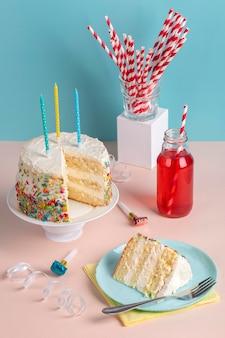 Assortiment de gâteaux savoureux à angle élevé
