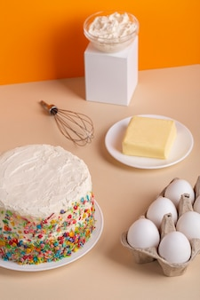 Assortiment d'ingrédients pour gâteaux à angle élevé