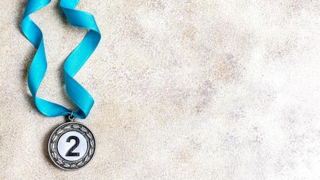 Assortiment de médaille olympique de deuxième place