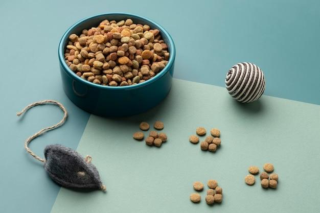 Assortiment de nourriture pour animaux still life