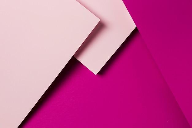 Assortiment plat de feuilles de papier colorées