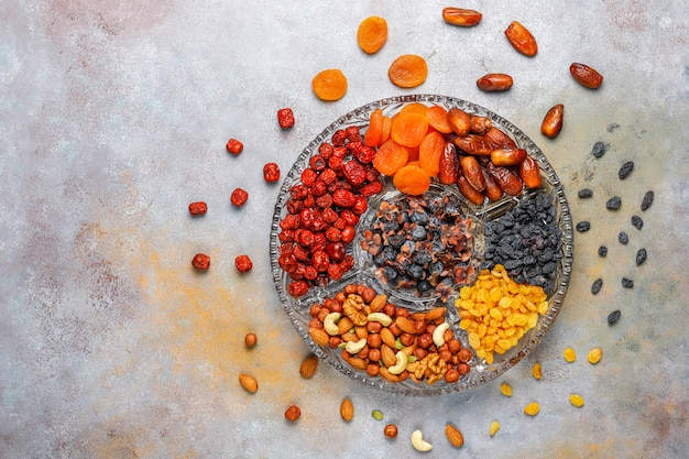 Assortiment sain de fruits secs, vue de dessus