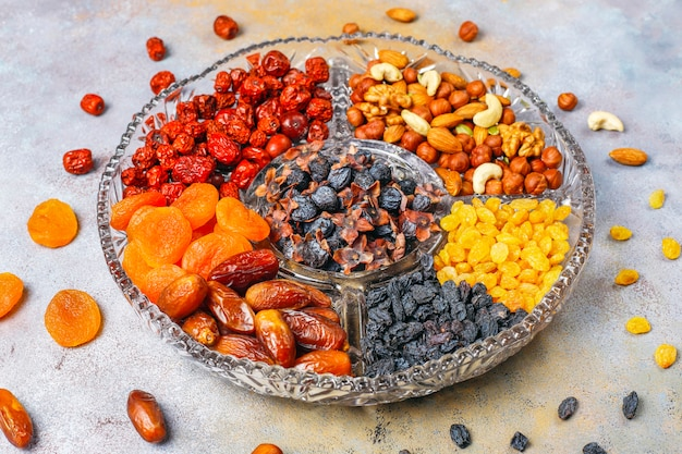 Assortiment sain de fruits secs