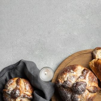 Assortiment traditionnel de pain mort